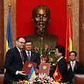 Каськів і Янукович в КНР.jpg