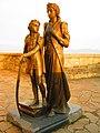 Пам'ятник Ілоні Зріні та її сину Ференцу. Мукачево.jpg