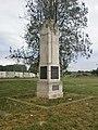 Споменик стрељаним родољубима из Борче 001.JPG