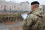 У Миколаєві 120 військовослужбовців склали клятву морського піхотинця та отримали чорні берети (30723365420).jpg