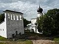 Церковь Успения с Пароменья со звонницей 01.jpg