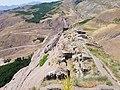 قسمت غربی قلعه الموت.jpg