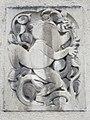 1210 Jedleseerstraße 79-95 Stg. 75 - Relief-Hauszeichen Frosch von Alfons Riedel 1955 IMG 0809.jpg