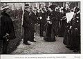 1907-01-12, Blanco y Negro, Visita de sus majestades al Hospital Militar de Madrid, en Carabanchel, Goñi.jpg