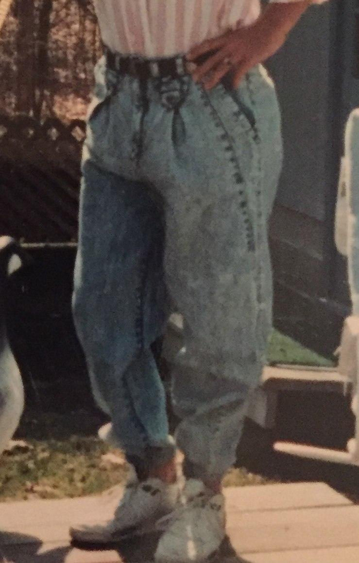 1980s fashion - acid-washed jeans.jpeg