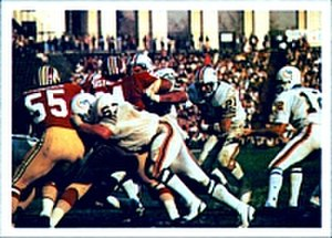 1972 Miami Dolphins season - Jim Kiick (center right) rushing the ball for Miami in Super Bowl VII.