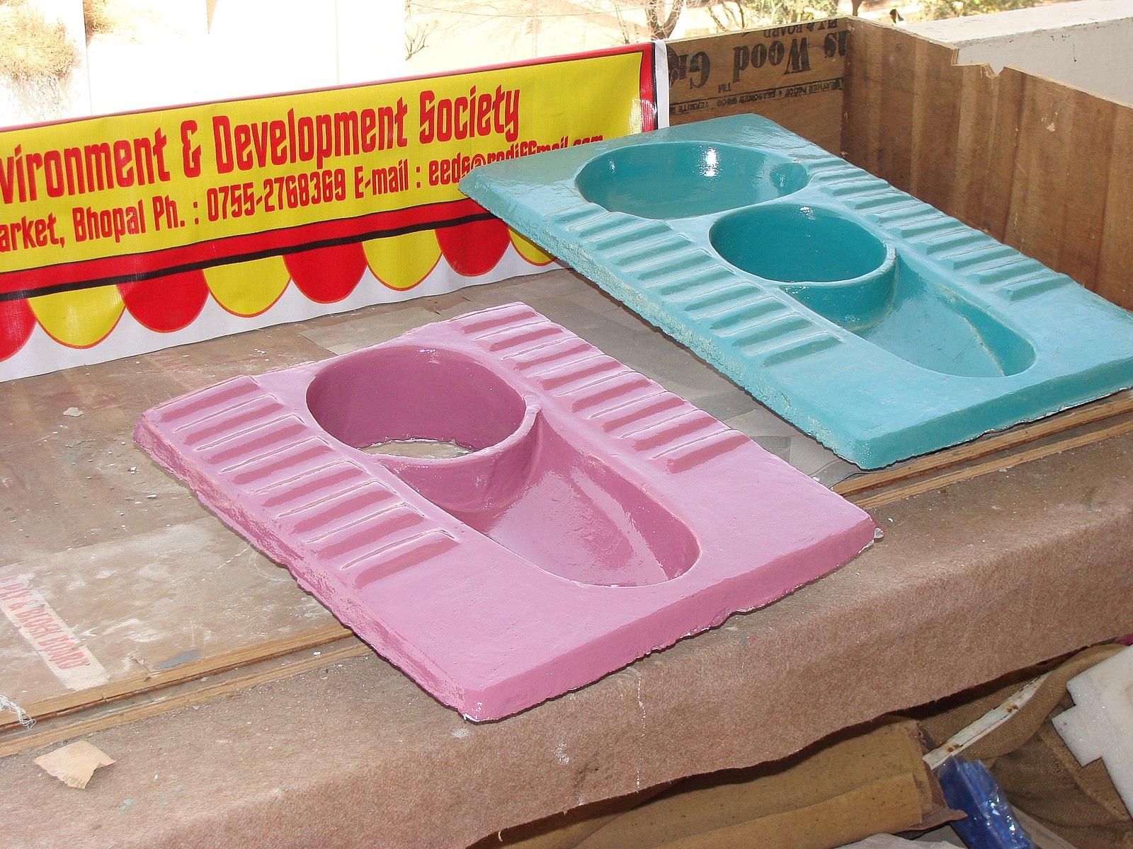 composting toilet Forum at permies