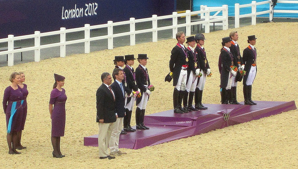 Equestrian At The 2012 Summer Olympics Team Dressage