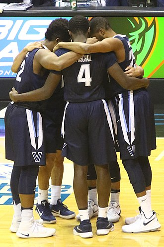 2016–17 Villanova Wildcats men's basketball team - Late season starting 5 huddle