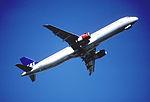 220bi - Scandinavian Airlines Airbus A321-232, OY-KBE@LHR,05.04.2003 - Flickr - Aero Icarus.jpg