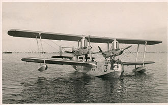 Short Singapore - Short Singapore III flying boat of 230 Squadron at Alexandria, mid-1930s.