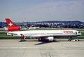 260bh - Swiss MD-11, HB-IWQ@ZRH,22.09.2003 - Flickr - Aero Icarus.jpg