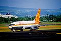 427ak - Aloha Airlines Boeing 737-230; N823AL@ITO;03.10.2006 (4950150416).jpg