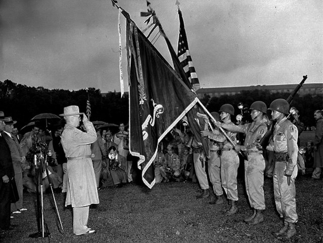 442nd Infantry receives 7th Presidential Unit Citation 1946-07-15 2