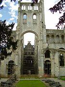 Abbaye de Jumièges 2008 PD 34.JPG