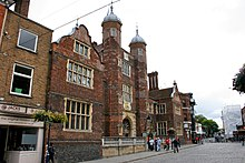 Abbot's Hospital, Guildford 1.jpg