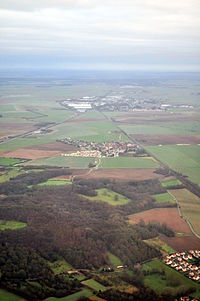 Aerial view of Rouvres, Lagny-le-Sec and Le Plessis-Belleville, France 01.jpg