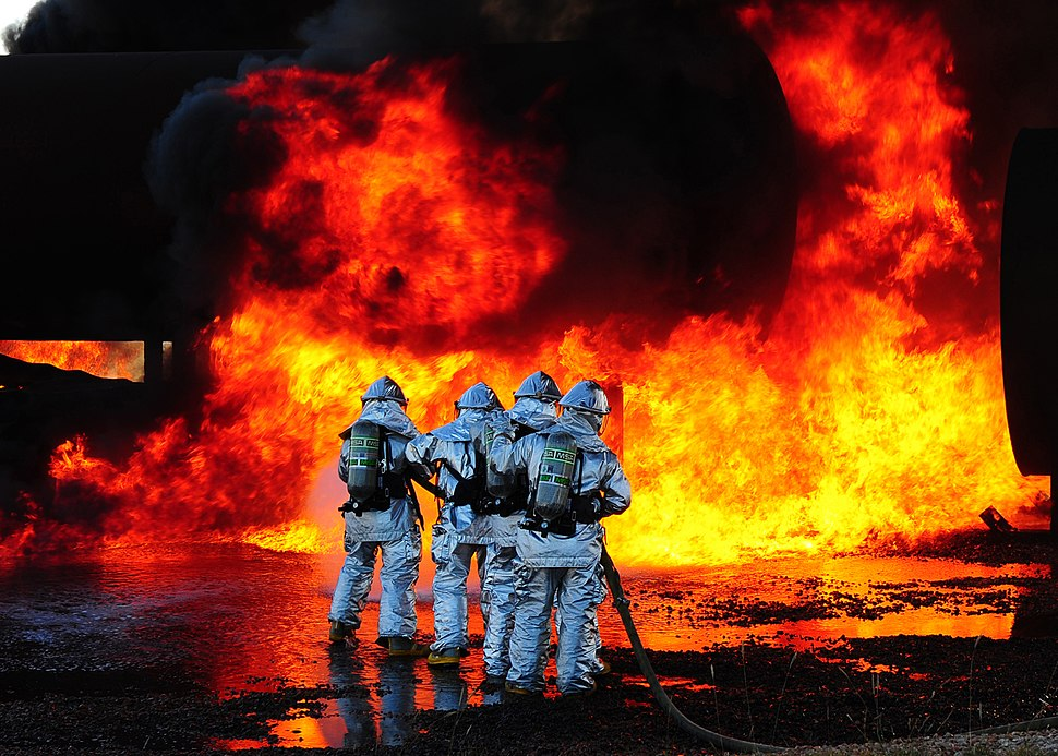 Airport-firefighters-drill.jpg