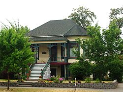 Albany Oregon home Elm at 5th Ave SW.JPG