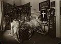 Alexandra Iosifovna on her deathbed.jpg