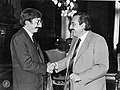 Alfonsín recibe a su Canciller.jpg