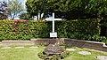 Algemene Begraafplaats Rozenburg (Zuid-Holland). Oorlogsmonument.jpg