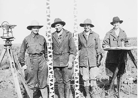 An all-female surveying crew in Idaho, 1918 All female survey crew - Minidoka Project, Idaho 1918.jpg