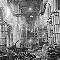 Amsterdam Restauratie Nieuwe Kerk op de Dam met steigers bezette interieur van, Bestanddeelnr 912-3589.jpg