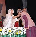 Anupam Sen receiving Ekushe padak 02.jpg