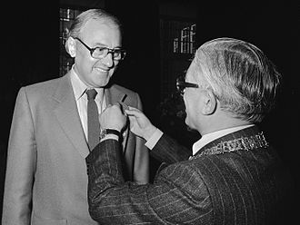 A. C. Baantjer - A. C. Baantjer and Mayor of Amsterdam Wim Polak in 1979