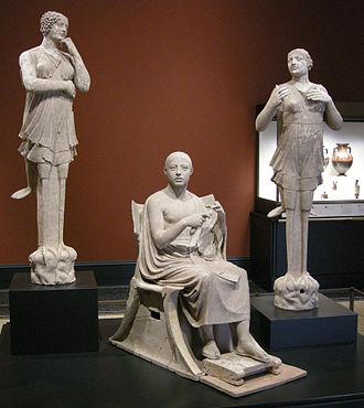 Klismos - Image: Arte greca della sicilia, da taras. poeta come orfeo tra due sirene, 350 300 ac. 01
