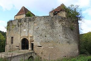 Asnières-en-Montagne - The chateau of Rochefort