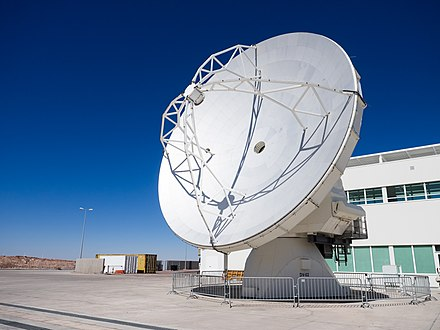 Finished antenna. Atacama-52 (25876789334).jpg