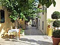Athens - Taverna in Thespidos, Plaka - panoramio.jpg