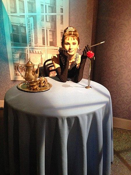 File: Audrey Hepburn figura no Madame Tussauds Museum London.jpg