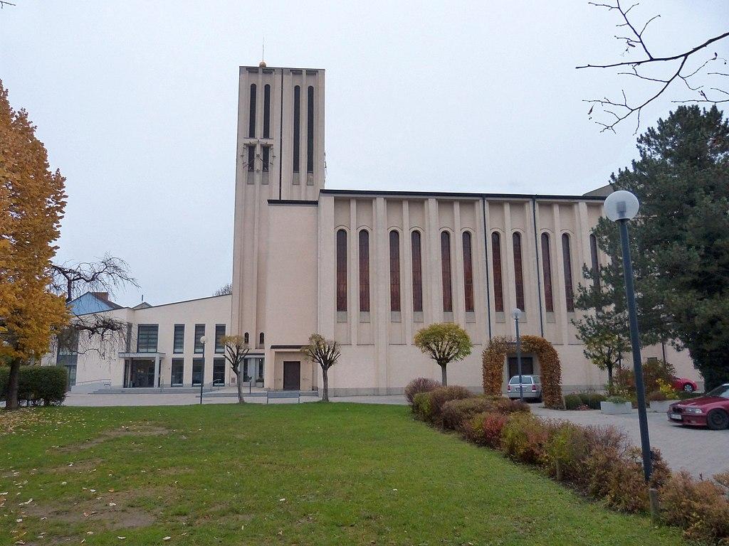 File Augsburg Hochzoll Nord Kirche Heilig