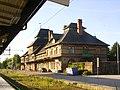 Avesta-krylbo-train-station-trackside.jpg