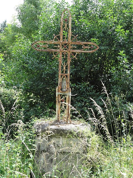 Azelot (M-et-M) Croix de la Vierge (D 115)