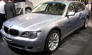 Hydrogen internal combustion engine vehicle - BMW Hydrogen7