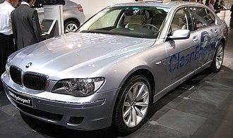 Hydrogen internal combustion engine vehicle - BMW Hydrogen7