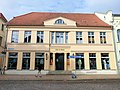 Bad Doberan Alexandrinenplatz 1 Baudenkmal 2011-08-30.jpg