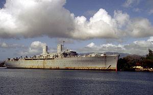 USS Admiral W. L. Capps (AP-121) - Barracks ship General Hugh J. Gaffey (IX-507) at Pearl Harbor, in 1987.