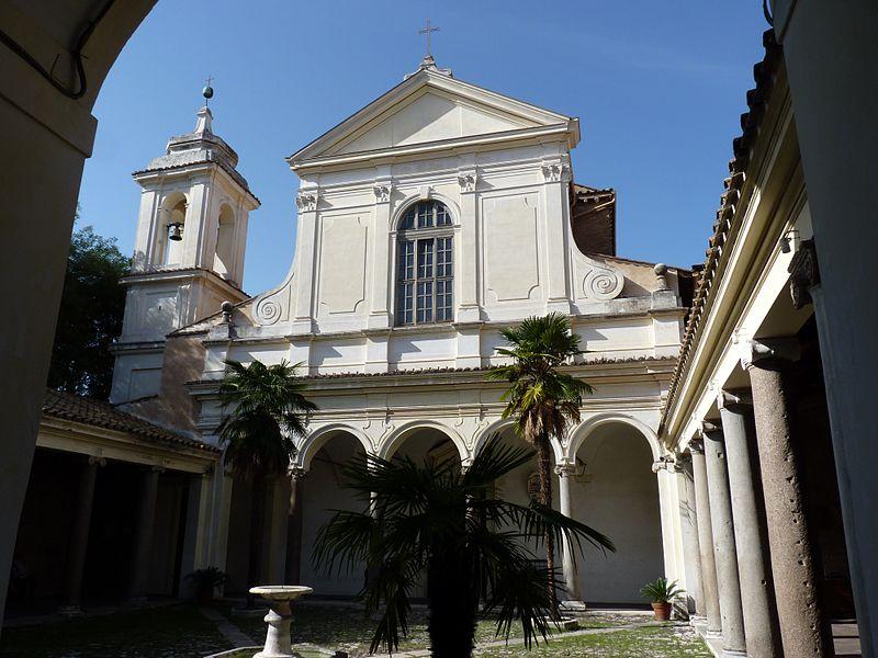 1700-talsfasaden är ett verk av Carlo Stefano Fontana.