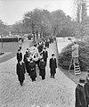 Begrafenis van professor dr F C Gerretson op Crooswijk te Rotterdam, Bestanddeelnr 909-9435.jpg