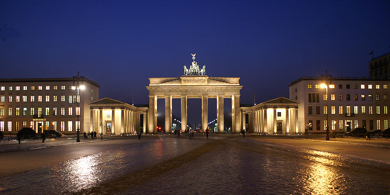 File:Berlin Brandenburger-Tor 0141 a.jpg