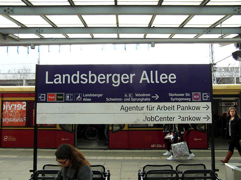 file berlin s bahnhof landsberger allee 12888737064 jpg. Black Bedroom Furniture Sets. Home Design Ideas