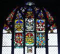 Bern Münster Fenster mit Wappenscheiben.jpg