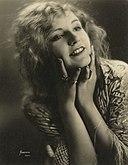 Betty Boyd: Age & Birthday