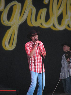 Blake Shelton - Performing at the Crawford County Fair, Meadville, PA, in August 2005.