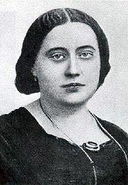 http://upload.wikimedia.org/wikipedia/commons/thumb/f/f3/Blavatsky.007.jpg/180px-Blavatsky.007.jpg